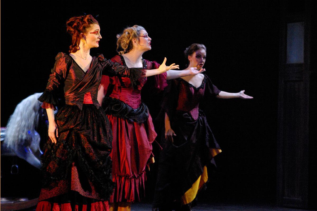 flute red ladies image
